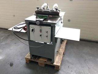 Kleinesdar Joint Forming Machine  Hardcover Buchproduktion