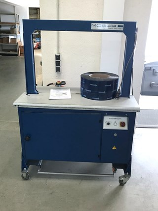 Mosca RO-M strapping machine Packing machines
