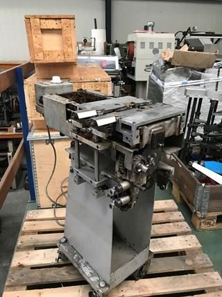 Müller Martini hotmelt side glue unit Encuadernadoras rusticas de cola caliente o cola PUR; Encuadernación en rústica