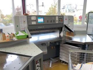 Polar 137 E Cutting Line 切纸机