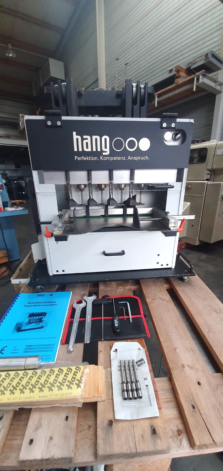 Show details for Hang 113-00 4-head drilling machine