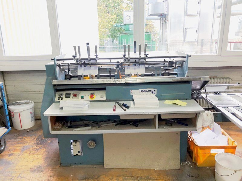 Show details for Hunkeler VEA 520 K end sheet gluing machine