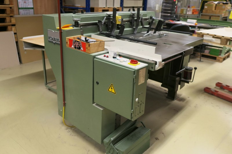 Kolbus PK 101 rotating board cutter