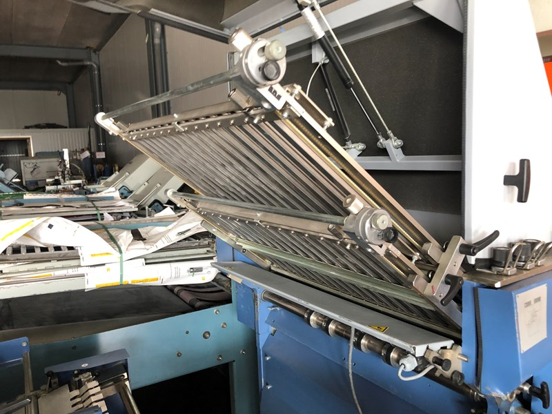 MBO B30/4 Efficiency Folding Machine