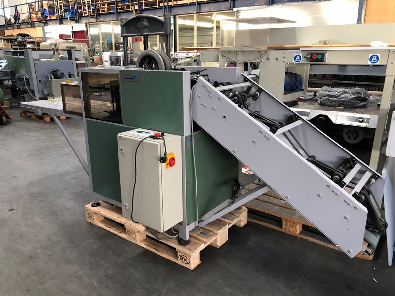 Show details for Müller Martini MMS 3000 stacker