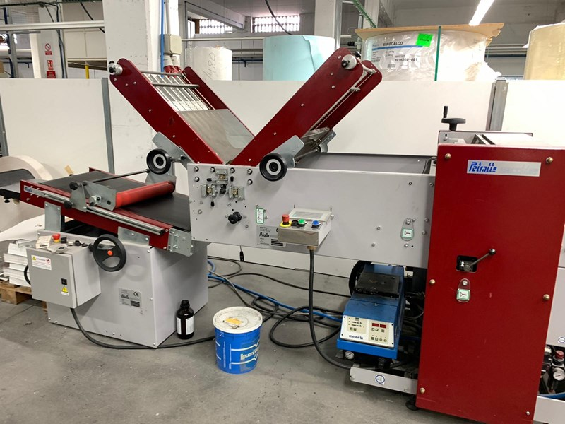 Petratto Cordoba BA creasing folding and gluing machine