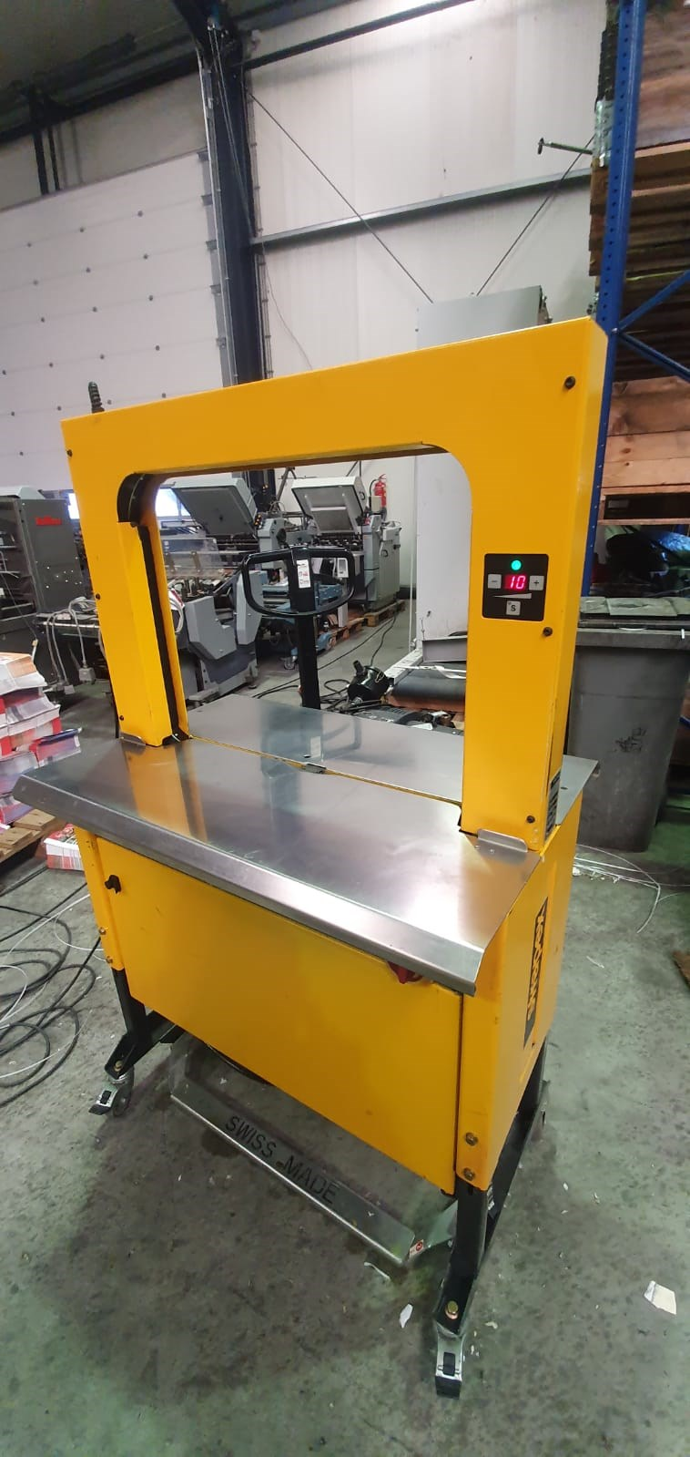 Show details for Strapex SMG 10 strapping machine