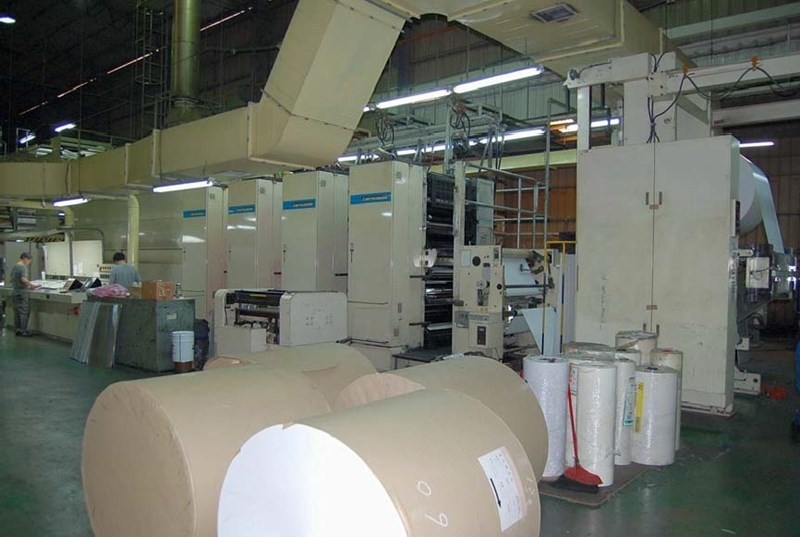 Show details for 2002 Mitsubishi Diamond 16 Commercial Web Press