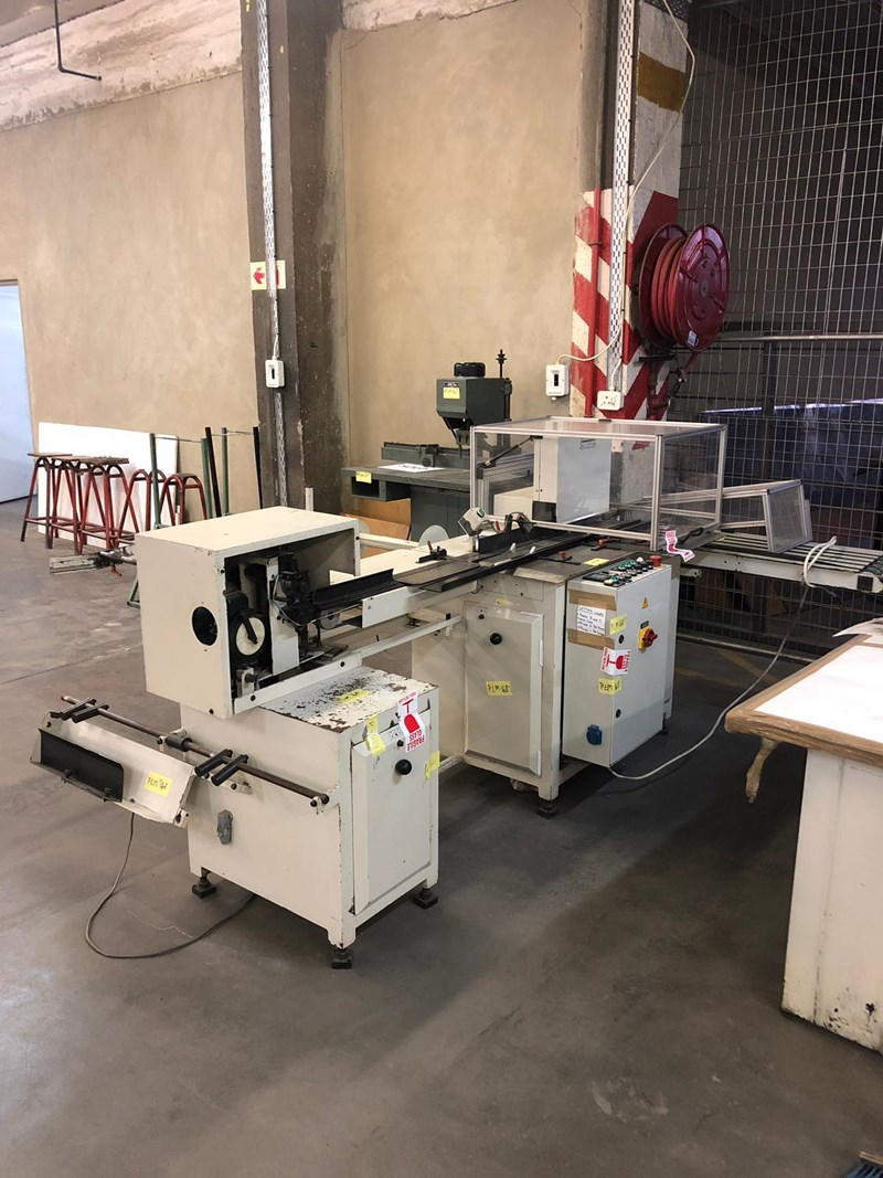 Show details for 2000 PFAFFLE F162A WIRE BINDER