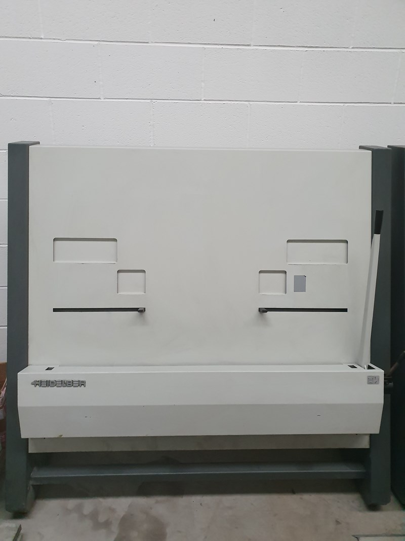 Show details for Heidelberg 102 /74 Plate Punch