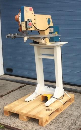 Siac 1-head riveting machine File production
