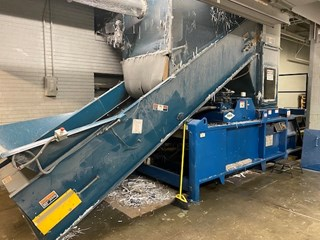 Excel Manual Tie Baler with cart Tipper Autres machines