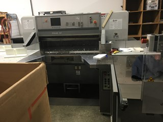 Polar 137 ED Paper Cutting System MASSICOTS