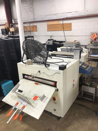 Graphic Whizard XDC660A Vivid Coater Finishing