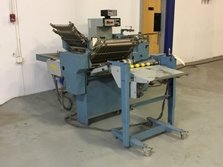 "MBO B20 pile fed 20"" x 26"" 4/4 folder with 8 page right angle section Folding Machines"
