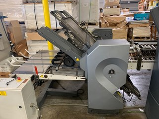 2005 Stahl RFH82 4/4 Continuous High Speed Folder with SKP88 Heidelberg Presser and Heidelberg VFZ-52 Knife Folder 折页机