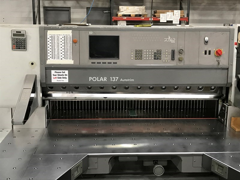 2003 Polar 137 Cutter Autotrim with side tables and a Knorr RLA 3-P Jogger