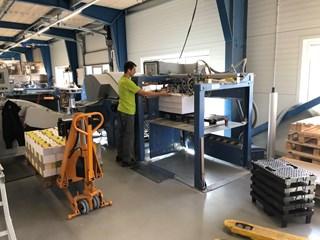 MBO K 800.2SKTL/4-Pallet feeder + Palamides Alpha nr. 702 Folding machines