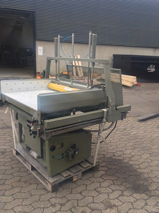 Polar RAB 5 with air removal Guillotines/Cutters