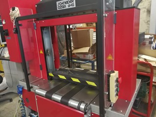 Schneider & Ozga V88 Full strapping line with a turner for a cross strapping Packing machines