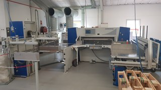 Wohlenberg 137 cutting line jogger + Downloader  Guillotines/Cutters