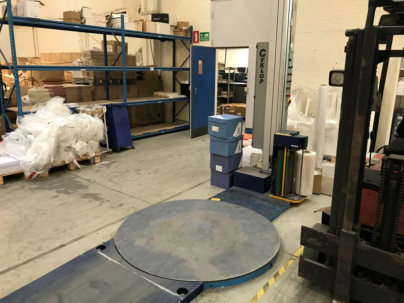 Cyclop GL110/11 foil wrapping machine