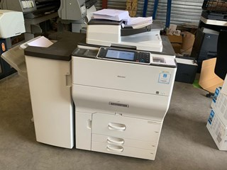 RICOH MP C8002 Color Laser Multifunction Printer  Presses numériques/Digitales