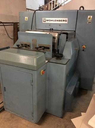 Wohlenberg 44 FS 100 Three-knife-trimmers