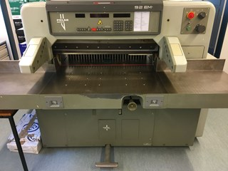 Polar 92 EM 切纸机