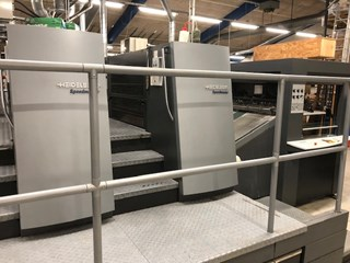 Heidelberg XL105 fully automatic spot & surface coater Finishing