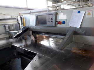 Polar DC 11  Full cutting line with an Polar Cutter 115 AT-XT Autotrim and an inline  Die-Cutter Guillotines/Cutters