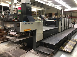 Komori Lithrone L-528+LX Machines offset à feuilles