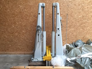 2 Lifts Polar Guillotines/Cutters