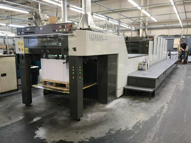 Komori LS 529+Coater and Extended Delivery
