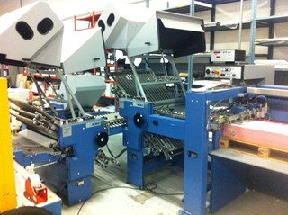 MB0 B30E  Plegadoras de papel