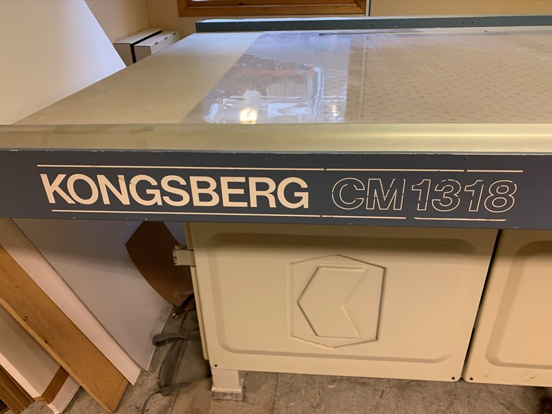 Kongsberg CM1318 Plotter Table Knife Cutter