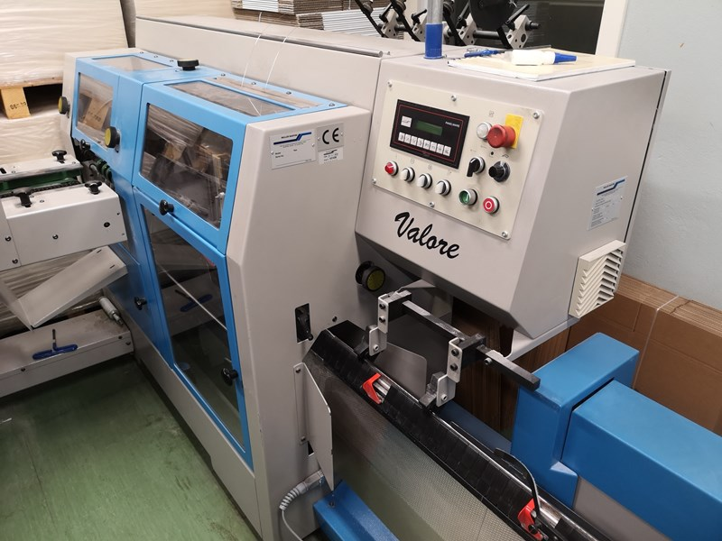 Show details for Müller Martini Valore with 6 stations (3 double) and Cover Feeder