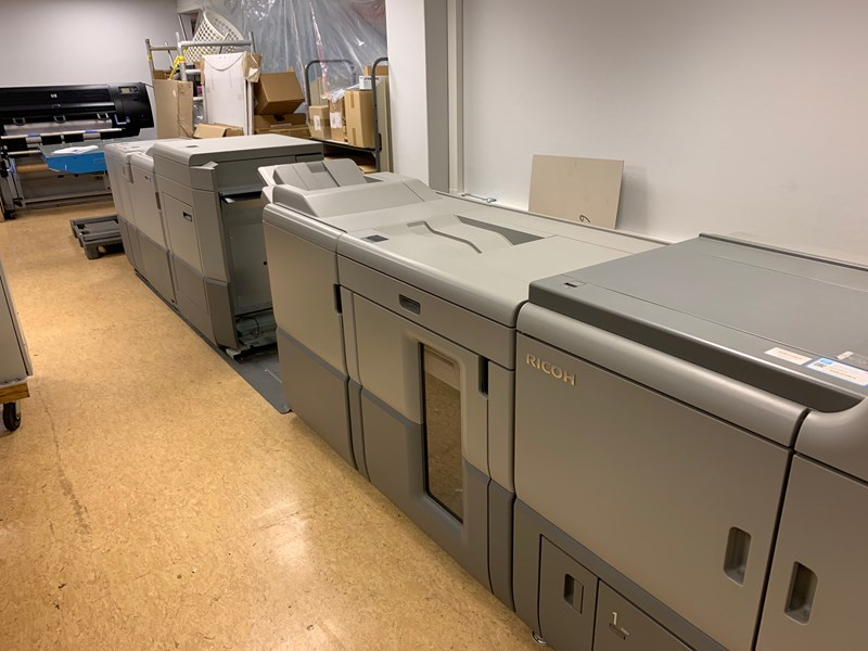 Ricoh Pro C7100x 5-color digital printing press with PlockMatic Finisher