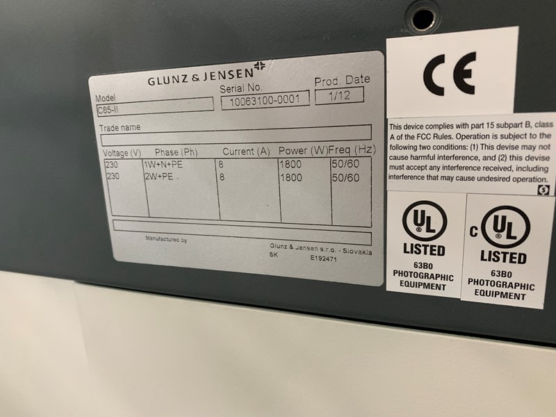 Screen PT-R4300S