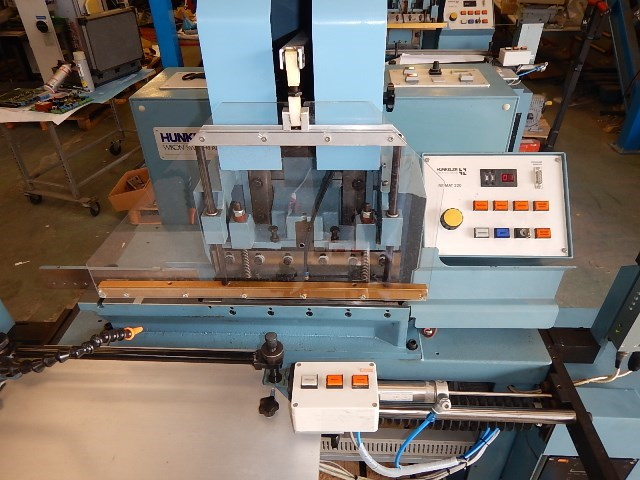 HUNKELER Remat 320 index cutting machine