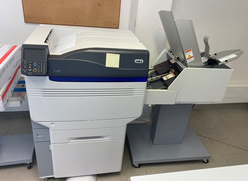 OKI Pro 9431colour printer + enveloppe feeder
