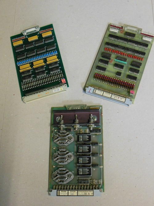 Electronic Cards
