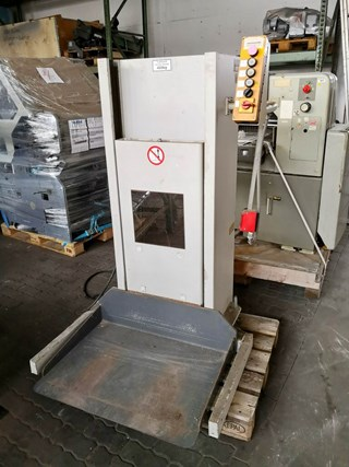 Polar LW 450 Pile Turner / Elevator