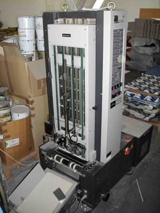 Horizon AC-6000 Collators