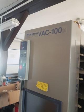 Horizon VAC-100a Collators