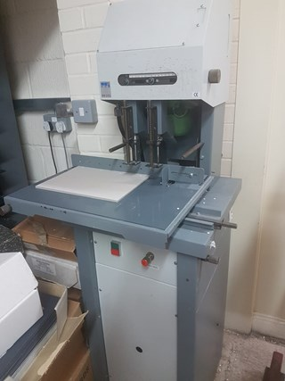 Duplo PD223  Paper drilling & punching
