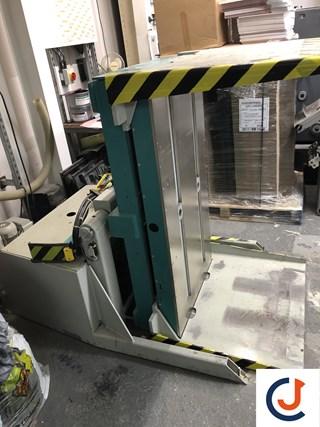 Manfred R 800 PA  Pile Turner / Elevator