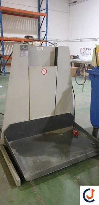 Polar LW 1000-4 Paper Lift Pile Turner / Elevator