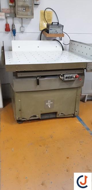 Polar RB4 Paper Jogger  Schneidemaschinen