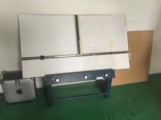 plate plunch Plate puncher/bender
